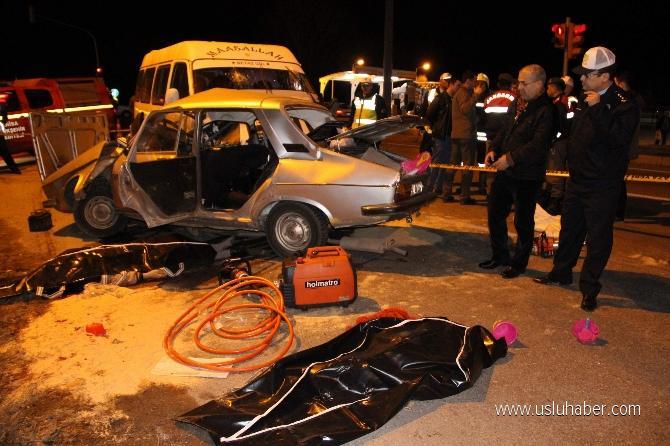 Manisa'da kaza: 4 ölü, 4 yaralı