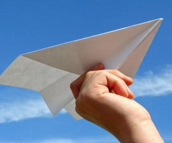 Kağıt Uçak Uçurma Rekoru
